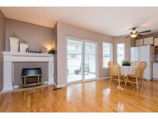 """Photo 2: 4 45640 STOREY Avenue in Chilliwack: Sardis West Vedder Rd Townhouse for sale in """"WHISPERING PINES"""" (Sardis)  : MLS®# R2471903"""