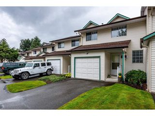 """Photo 1: 4 45640 STOREY Avenue in Chilliwack: Sardis West Vedder Rd Townhouse for sale in """"WHISPERING PINES"""" (Sardis)  : MLS®# R2471903"""