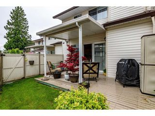 """Photo 19: 4 45640 STOREY Avenue in Chilliwack: Sardis West Vedder Rd Townhouse for sale in """"WHISPERING PINES"""" (Sardis)  : MLS®# R2471903"""