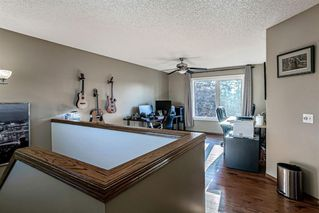 Photo 14: 43 Riverwood Court SE in Calgary: Riverbend Detached for sale : MLS®# A1029978