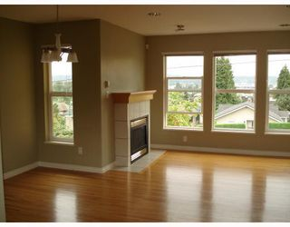 Photo 4: 3 1135 CARTIER Avenue in Coquitlam: Maillardville Townhouse for sale : MLS®# V785308