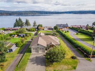 Photo 3: 4257 Discovery Dr in : CR Campbell River North House for sale (Campbell River)  : MLS®# 858084