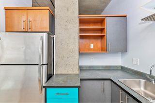 Photo 6: 209 1061 Fort St in : Vi Downtown Condo for sale (Victoria)  : MLS®# 858681