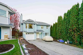 Photo 1: 6646 WILLOUGHBY Way in Langley: Willoughby Heights House for sale : MLS®# R2516151