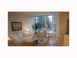 """Photo 3: 807 1211 MELVILLE Street in Vancouver: Coal Harbour Condo for sale in """"THE RITZ"""" (Vancouver West)  : MLS®# V814803"""