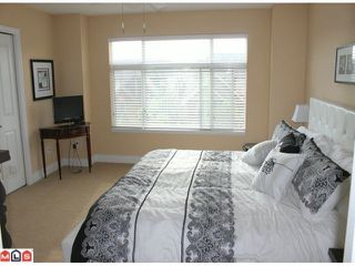 "Photo 8: 41 19330 69TH Avenue in Surrey: Clayton Townhouse for sale in ""Montebello"" (Cloverdale)  : MLS®# F1015770"