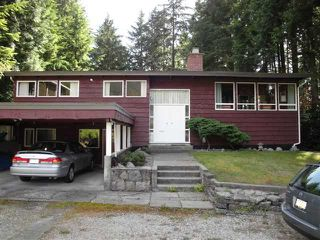 Photo 1: 921 MONTROYAL Boulevard in North Vancouver: Canyon Heights NV House for sale : MLS®# V848655