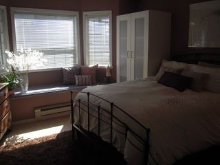 """Photo 8: 107 175 W 4TH Street in North Vancouver: Lower Lonsdale Condo for sale in """"Admiralty Court"""" : MLS®# V849061"""