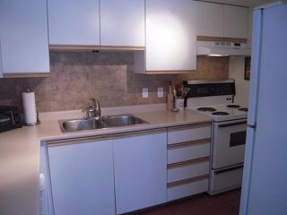 "Photo 5: 107 175 W 4TH Street in North Vancouver: Lower Lonsdale Condo for sale in ""Admiralty Court"" : MLS®# V849061"