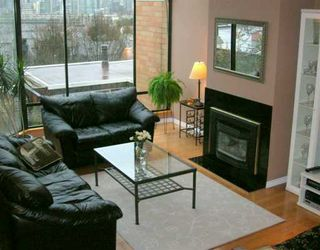Photo 2: 303 1184 W 6TH AV in Vancouver: Fairview VW Townhouse for sale (Vancouver West)  : MLS®# V570257