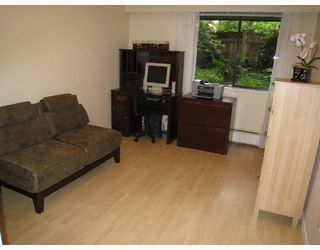 "Photo 9: 109 2777 OAK Street in Vancouver: Fairview VW Condo for sale in ""TWELVE OAKS"" (Vancouver West)  : MLS®# V716833"