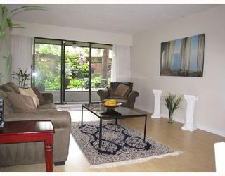 "Photo 2: 109 2777 OAK Street in Vancouver: Fairview VW Condo for sale in ""TWELVE OAKS"" (Vancouver West)  : MLS®# V716833"