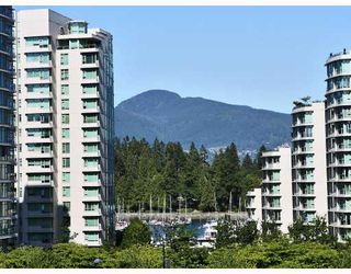 Photo 3: 417 1728 ALBERNI Street in Vancouver: West End VW Condo for sale (Vancouver West)  : MLS®# V728766