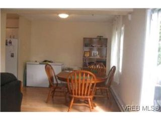 Photo 3: 116 724 Sea Terrace in VICTORIA: VW Victoria West Townhouse for sale (Victoria West)  : MLS®# 214802