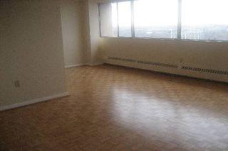Photo 3: 11 100 Leeward Glenway in Toronto: Condo for sale (C11: TORONTO)  : MLS®# C1519462