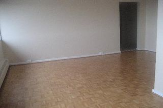 Photo 2: 11 100 Leeward Glenway in Toronto: Condo for sale (C11: TORONTO)  : MLS®# C1519462