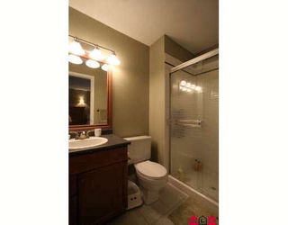 """Photo 7: 103 36060 OLD YALE Road in Abbotsford: Abbotsford East Townhouse for sale in """"MOUNTAIN VIEW VILLAGE"""" : MLS®# F2904534"""