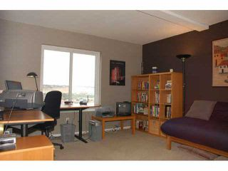 Photo 10: UNIVERSITY HEIGHTS Condo for sale : 3 bedrooms : 4480 Caminito Fuente in San Diego