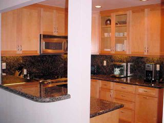 Photo 7: UNIVERSITY HEIGHTS Condo for sale : 3 bedrooms : 4480 Caminito Fuente in San Diego