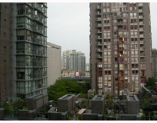 """Photo 9: 509 1050 BURRARD Street in Vancouver: Downtown VW Condo for sale in """"SUITES AT WALL CENTRE"""" (Vancouver West)  : MLS®# V771127"""