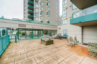"Photo 19: 1504 420 CARNARVON Street in New Westminster: Downtown NW Condo for sale in ""Carnarvon Place"" : MLS®# R2422747"