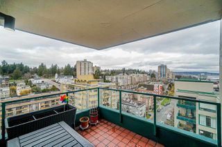 "Photo 17: 1504 420 CARNARVON Street in New Westminster: Downtown NW Condo for sale in ""Carnarvon Place"" : MLS®# R2422747"