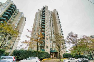 "Main Photo: 1504 420 CARNARVON Street in New Westminster: Downtown NW Condo for sale in ""Carnarvon Place"" : MLS®# R2422747"