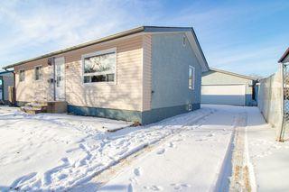 Photo 3: 110 Kushner Crescent in Winnipeg: Single Family Detached for sale (4H)  : MLS®# 201933144