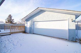 Photo 31: 110 Kushner Crescent in Winnipeg: Single Family Detached for sale (4H)  : MLS®# 201933144
