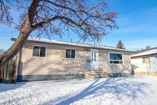 Photo 2: 110 Kushner Crescent in Winnipeg: Single Family Detached for sale (4H)  : MLS®# 201933144