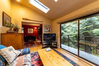 """Photo 10: 827 HENDECOURT Road in North Vancouver: Lynn Valley Townhouse for sale in """"LAURA LYNN"""" : MLS®# R2469327"""