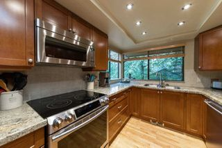 """Photo 6: 827 HENDECOURT Road in North Vancouver: Lynn Valley Townhouse for sale in """"LAURA LYNN"""" : MLS®# R2469327"""