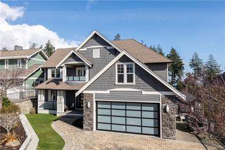 Photo 1: 2215 Woodhampton Rise in Langford: La Bear Mountain Single Family Detached for sale : MLS®# 839263