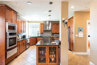 Photo 7: 2215 Woodhampton Rise in Langford: La Bear Mountain Single Family Detached for sale : MLS®# 839263