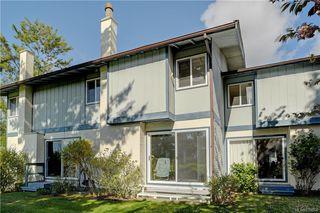 Photo 2: 50 3987 Gordon Head Rd in Saanich: SE Gordon Head Row/Townhouse for sale (Saanich East)  : MLS®# 838564