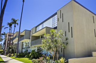 Photo 2: SAN DIEGO Condo for rent : 2 bedrooms : 3200 6th Avenue #106