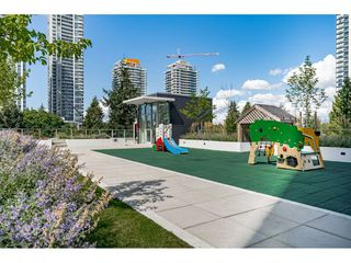 """Photo 27: 3307 13438 CENTRAL Avenue in Surrey: Whalley Condo for sale in """"PRIME ON THE PLAZA"""" (North Surrey)  : MLS®# R2490167"""