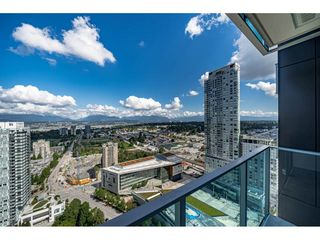 """Photo 15: 3307 13438 CENTRAL Avenue in Surrey: Whalley Condo for sale in """"PRIME ON THE PLAZA"""" (North Surrey)  : MLS®# R2490167"""