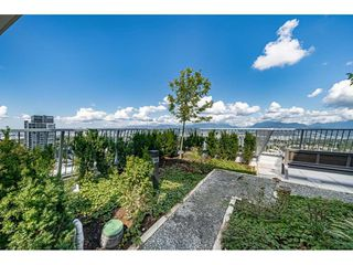 """Photo 26: 3307 13438 CENTRAL Avenue in Surrey: Whalley Condo for sale in """"PRIME ON THE PLAZA"""" (North Surrey)  : MLS®# R2490167"""