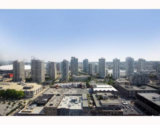 "Photo 8: 2403 1055 HOMER Street in Vancouver: Downtown VW Condo for sale in ""DOMUS"" (Vancouver West)  : MLS®# V784826"