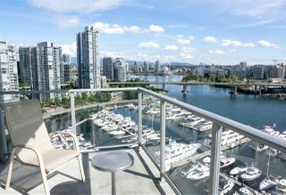 "Photo 10: 1902 1228 MARINASIDE Crescent in Vancouver: Yaletown Condo for sale in ""Crestmark II"" (Vancouver West)  : MLS®# R2502106"