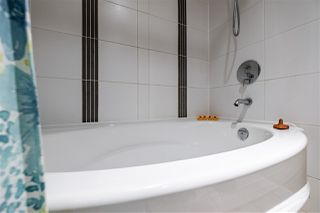 """Photo 27: 1005 660 NOOTKA Way in Port Moody: Port Moody Centre Condo for sale in """"NAHANNI"""" : MLS®# R2525870"""