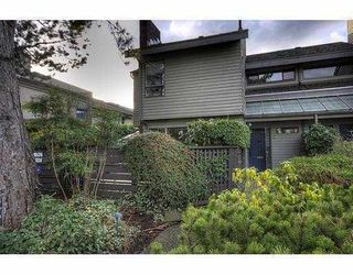 Photo 2: 1351 CHESTNUT Street in Vancouver: Kitsilano Townhouse for sale (Vancouver West)  : MLS®# V834724