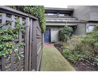 Photo 3: 1351 CHESTNUT Street in Vancouver: Kitsilano Townhouse for sale (Vancouver West)  : MLS®# V834724