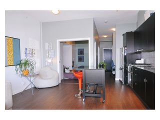 "Photo 4: 211 121 BREW Street in Port Moody: Port Moody Centre Condo for sale in ""ROOM AT SUTER BROOK"" : MLS®# V861924"