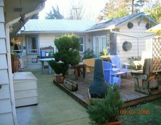 """Photo 2: 1399 OAKWOOD CR in North Vancouver: Norgate House for sale in """"NORGATE"""" : MLS®# V574615"""