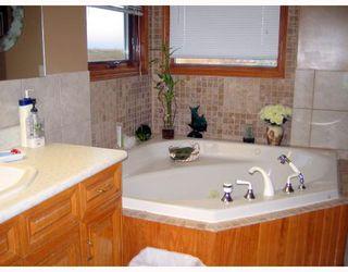Photo 7: 199 CORUNNA Avenue in WINNIPEG: Middlechurch / Rivercrest Residential for sale (Winnipeg area)  : MLS®# 2820396