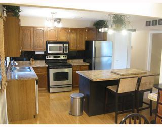 Photo 2:  in WINNIPEG: Fort Garry / Whyte Ridge / St Norbert Residential for sale (South Winnipeg)  : MLS®# 2909290
