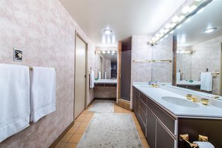 "Photo 15: 1901 738 BROUGHTON Street in Vancouver: West End VW Condo for sale in ""Alberni Place"" (Vancouver West)  : MLS®# R2396844"