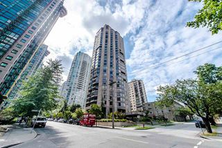 "Main Photo: 1901 738 BROUGHTON Street in Vancouver: West End VW Condo for sale in ""Alberni Place"" (Vancouver West)  : MLS®# R2396844"
